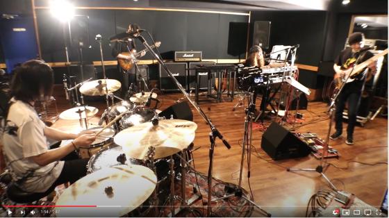 アトヨンの制作実績(仮BANDさま「仮BAND Fist Live Stream」)